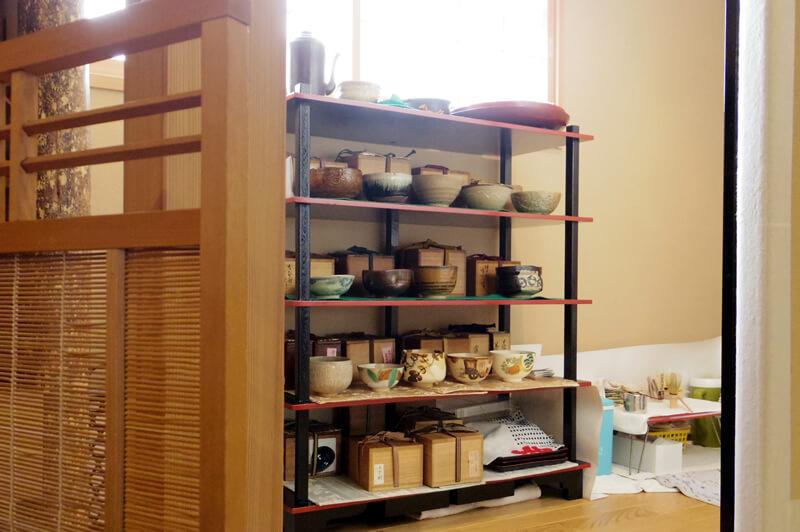 お抹茶をいただける彩豊かな茶碗の数々