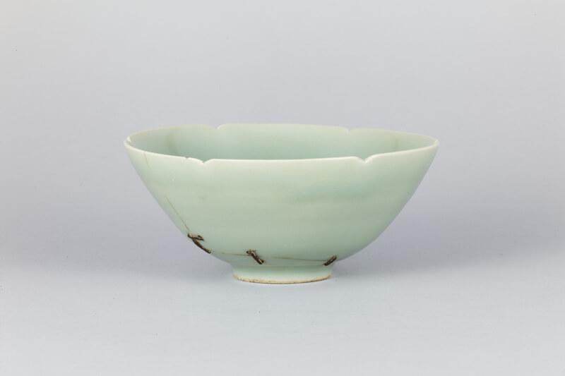 本展出品予定の青磁茶碗 銘馬蝗絆